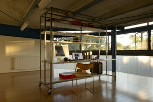 BIGBANG studio desk station